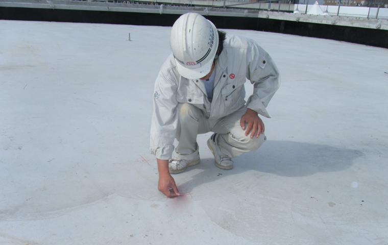 【問い合わせの多い質問】下地コンクリートの乾燥状態の確認方法